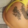 masajista rubia tatuada recoleta